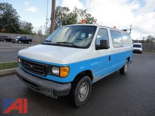 2004 Ford E150 8 Passenger Van