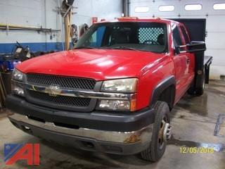 2004 Chevrolet Silverado 3500 Stake Truck