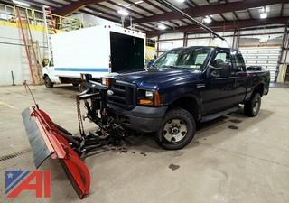 2006 Ford F250 Super Duty XL Extended Cab Pickup Truck with Plow