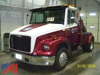 2000 Freightliner FL60 Tow Truck