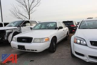 2009 Ford Crown Victoria 4 Door/Police Interceptor