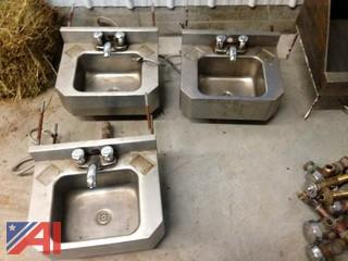 Commercial Stainless Bath Fixtures