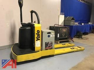 Yale Ride On Electric Pallet Jack w/Charger