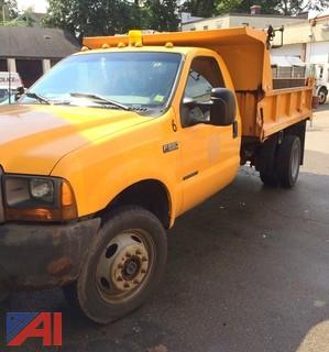 2000 Ford F550 Pickup with Dump Body