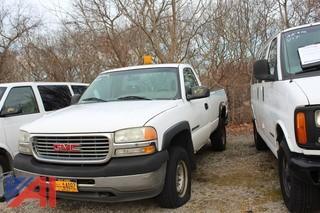 2001 GMC Sierra 2500HD Pickup Truck