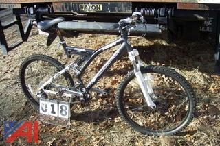 Mongoose TCH4 Bike