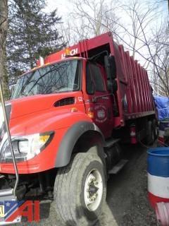 2005 International 7600 Garbage Truck