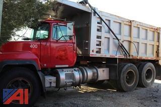 2001 Mack RD688SX 10 Wheel Dump Truck
