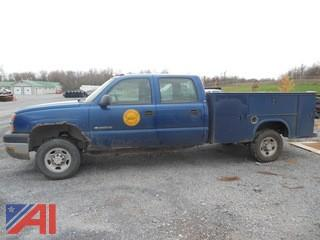 2004 Chevy Silverado 2500HD Crew Cab Pickup With Utility Box