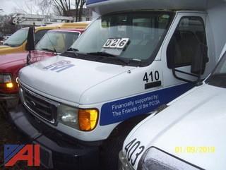 2007 Ford E350 Super Duty Bus