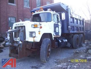 1988 Mack RD686SX Dump Truck with Plow & Spreader