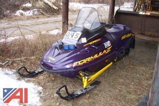1998 SkiDoo Formula Z Snowmobile