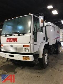 2007 Elgin Sterling SC8000 Whirlwind Sweeper