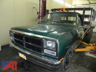 1991 Dodge Ram D350 Pickup with Lift Gate