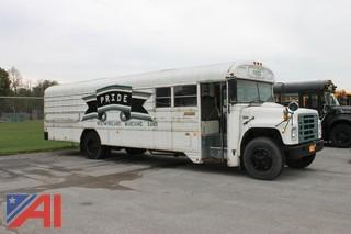 1987 International Blue Bird 1853 Bus