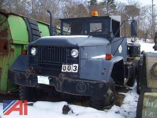 1967 Kaiser M818 Truck