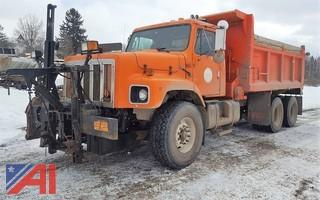 2000 International F2674 Dump Truck & Plows