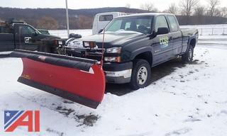 2005 Chevy Silverado 2500 HD Pickup & Plow