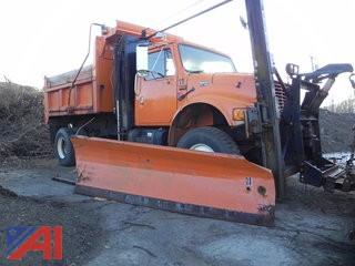 1996 International 4800 Dump Truck Wing and Plow