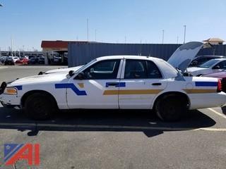 2004 Ford Crown Victoria 4 Door/ Police Interceptor