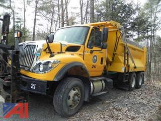 2010 International WorkStar 7600 Dump Truck with Salt Spreader