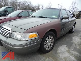 #14 2003 Ford Crown Victoria 4 Door