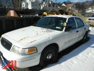 #5 2003 Ford Crown Victoria 4 Door/Police Interceptor