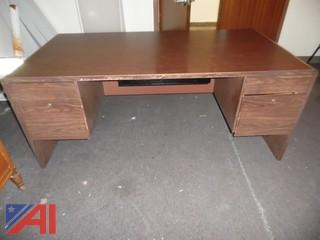 Wood Laminate Desk