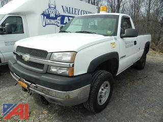 2003 Chevy Silverado 2500 HD Pickup  with Plow