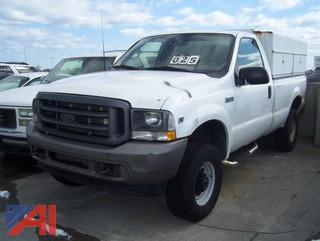 2002 Ford F250 XL Super Duty Pickup with Cap