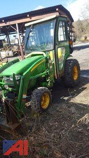 **Lot Updated** John Deere 2520 HST Tractor
