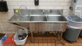 2 Bay Sink with Drainage Shelf and Sprayer