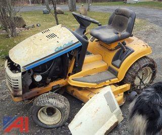 "Cub Cadet HDS 2185 Series 2000 48"" Riding Lawn Mower"