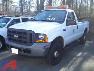 2005 Ford F250 XL Super Duty Pickup Truck