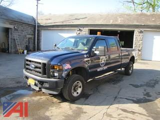 2009 Ford F350 FX4 Super Duty Pickup with Plow