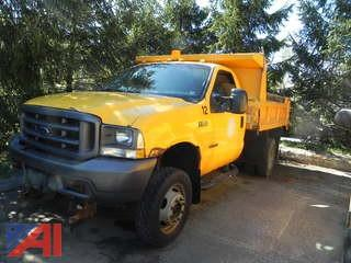 2003 Ford F550 Pickup with Dump Body