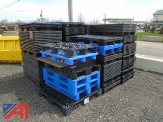 Large Quantity of Plastic Pallets