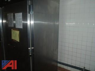 (#90) Traulsen Refrigerator