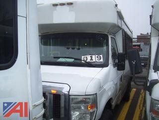 2009 Ford E350 Super Duty Wheelchair Bus