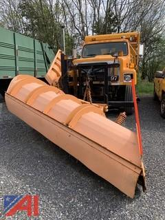 2002 International 2574 Dump Truck with Plow and Sander