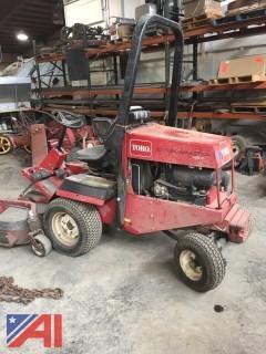 """2006 72"""" Toro Groundmaster Mower"""