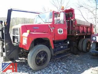 1989 Ford L9000 Dump Truck with Plow