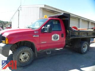 **Lot Updated** 2006 Ford F350 XL Super Duty Pickup Truck with Dump Body