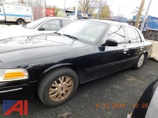 2003 Ford Crown Victoria 4 Door