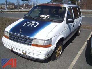 1993 Plymouth Voyager Mini Van
