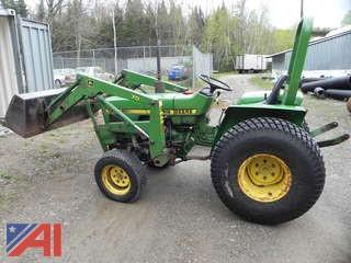 1985 John Deere 750 Utility Tractor