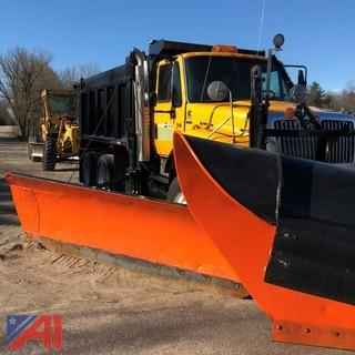 2005 International 7600 Dump Truck with Plows