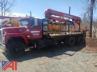 1985 Ford LT9000 Crane Truck