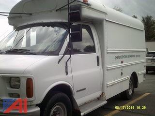 2001 GMC Savana G3500 Mini Bus