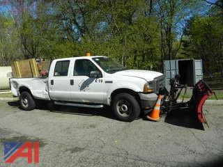 2005 Ford F350 Lariat Crew Cab Pickup Truck with Plow Pickup Truck with Plow